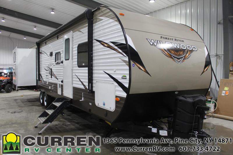 2018 WILDWOOD 31KQBTS FOREST RIVER Travel Trailer