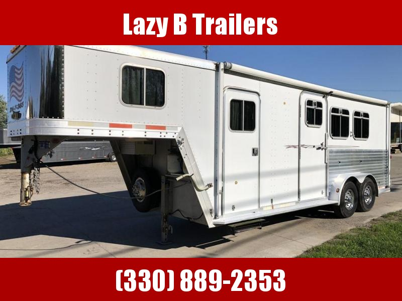 2002 Featherlite 2 Horse Trailer w/ Weekender Living Quarters