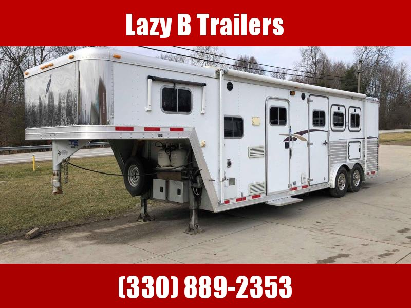 2001 Featherlite 8581 3-Horse Living Quarters Horse Trailer